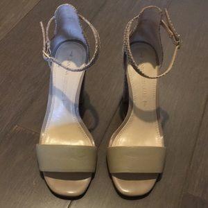 Banana Republic Sandals Sz 5.5